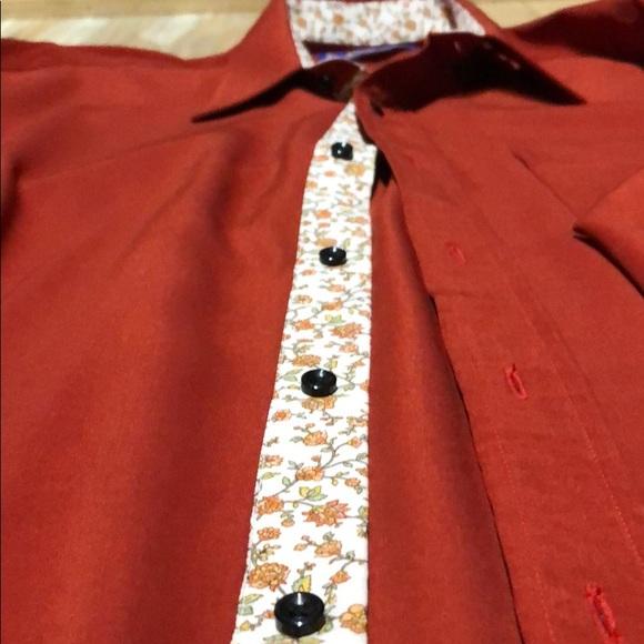 Custom SWASDEE tailoring button up shirt